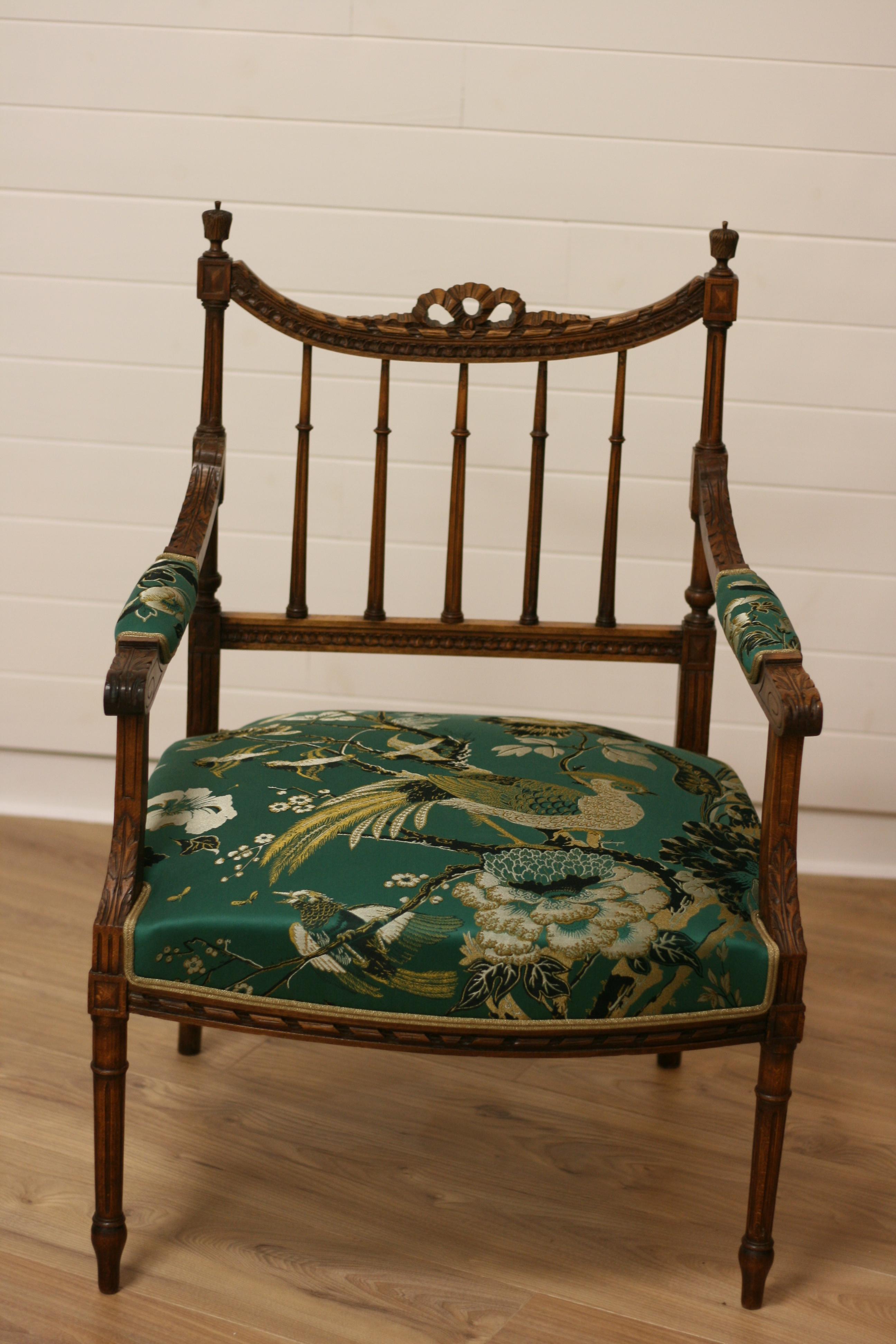 sandrine guyon tapissier fauteuil louis 16 tissu dedar 1 - Tapissier Fauteuil